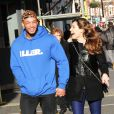 David McIntosh et Kelly Brook, nouveau couple souriant à Londres. Le 13 janvier 2014.