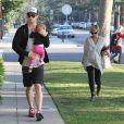 Chris Hemsworth et sa femme Elsa Pataky enceinte emmènent leur fille India chez le pédiatre à Santa Monica, le 9 janvier 2014