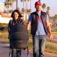 Exclusif - Jennifer Love Hewitt et son mari Brian Hallisay se promènent avec leur fille Autumn James à Santa Monica, le 16 janvier 2014.