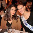 Joyce Jonathan et Manon Beurey (Miss Picardie 2013) participent au gala de charité des Pièces Jaunes au Château de Compiègne, le 24 janvier 2014.