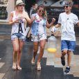 Anaïs (Secret Story 7), Amélie (Secret Story 4, Les Anges de la télé-réalité), déjà meilleures amies, à Sydney, en Australie, le 20 janvier 2014, pour le tournage des Anges de la télé-réalité 6.