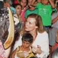 Valérie Trierweiler en visite dans un bidonville de Bombay, le 28 janvier 2014.