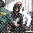 Justin Bieber sourit a sa sortie de prison a Miami le 23 janvier 2014.