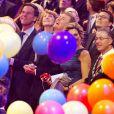 Le roi Willem-Alexander la tête dans les ballons au côté du Premier ministre Mark Rutte. La princesse Beatrix des Pays-Bas recevait le 1er février 2014 au Ahoy de Rotterdam, en présence de son héritier le roi Willem-Alexander et de la reine Maxima ainsi que de l'ensemble de la famille royale, un vibrant hommage en marque de gratitude pour ses 33 ans de règne, de 1980 à son abdication le 30 avril 2013 au profit de son fils Willem-Alexander.