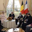 Le roi Philippe de Belgique et la reine Mathilde étaient en visite officielle inaugurale à Paris, reçus à l'Elysée par François Hollande, le 6 février 2014.