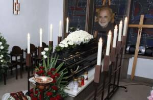 Obsèques de Maximilian Schell: Sa jeune veuve Iva Mihanovic et ses amis en deuil