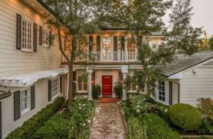 Mariah Carey : La diva à la poitrine opulente vend sa villa pour 13 millions