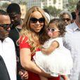 Mariah Carey, Nick Cannon et leurs jumeaux Monroe et Moroccan s'amusent dans une fête foraine à Santa Monica le 6 Octobre 2012.