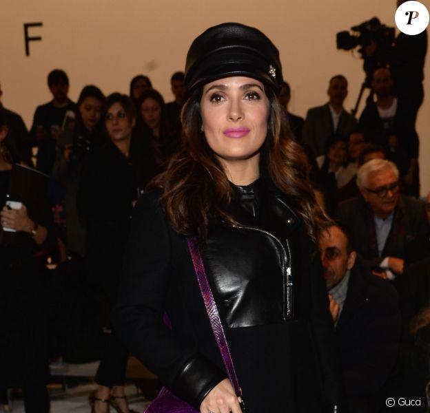 Salma Hayek assiste au défilé Gucci automne-hiver 2014. Milan, le 19 février 2014.