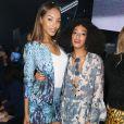 Jourdan Dunn et Solange Knowles au défilé H&M au Grand Palais à Paris, le 26 février 2014.