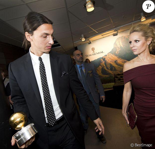 Zlatan Ibrahimovic et sa compagne Helena Seger lors de la remise du ballon d'or Suédois à Stockholm le 11 novembre 2013