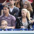 Zlatan Ibrahimovic et sa compagne Helena Seger accompagnés de leurs enfants Vincent et Maximilian à la finale de l'Open Masters 1000 de Paris Bercy le 3 novembre 2013