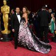 John Legend et Chrissy Teigen à la 86e cérémonie des Oscars, à Los Angeles le 2 mars 2014.
