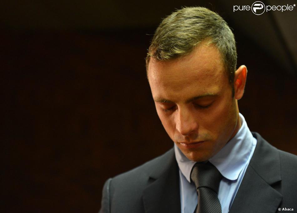 Oscar Pistorius lors de l'audience pour sa demande de remise en liberté sous caution, le 22 février 2013 à Pretoria
