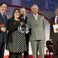 Carly Williams a été récompensée par le prince Charles sous les yeux de Joan Collins, Ben Kingsley ou encore la jolie Pixie Lott à la soirée Prince's Trust Awards à Londres le 12 mars 2014.