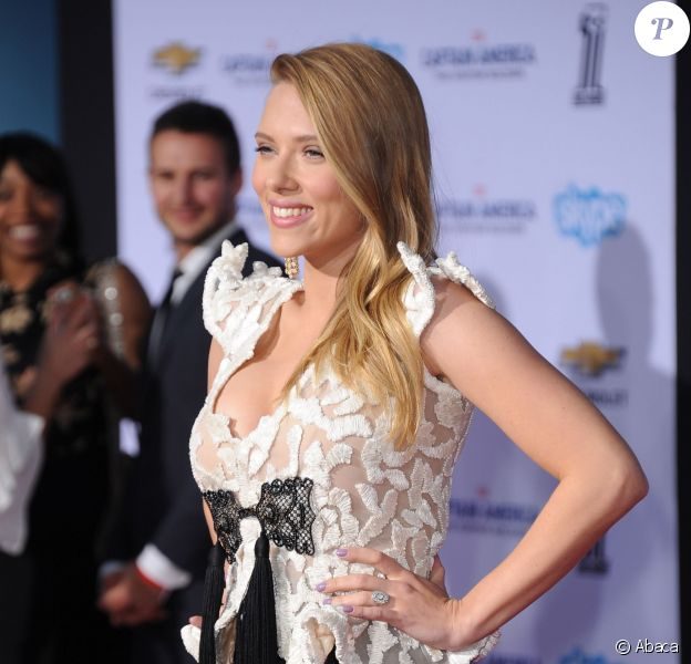 Scarlett Johansson, en Armani Prive, lors de l'avant-première du film Captain America, le soldat de l'hiver le 13 mars 2014 à Los Angeles