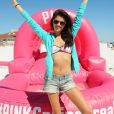 Sara Sampaio anime la Spring Break Beach Party de Victoria's Secret PINK, sur une plage de Destin en Floride. Le 13 mars 2014.