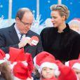 Le prince Albert II de Monaco et la princesse Charlene ont fêté le noël des enfants au palais princier à Monaco. Le 18 décembre 2013