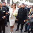 Andrea Bocelli et Veronica Berti, ici à son arrivée à l'église, dans une robe Ermanno Scervino, ont célébré leur mariage dans l'intimité au sanctuaire de Montenero, à Livourne, en Italie, le 21 mars 2014. Leur petite Virginia, 2 ans, était présente et portait les alliances, tandis qu'Amos et Matteo, les fils issus du premier mariage du ténor, étaient chargés de faire des lectures lors de la cérémonie.