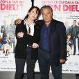 Christian Clavier et Chantal Lauby lors de l'avant-première du film Qu'est-ce qu'on a fait au Bon Dieu ? à Paris le 27 mars 2014
