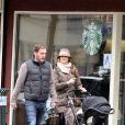 Exclusif - La princesse Madeleine de Suède, Chris O'Neill et leur fille Leonore se promènent dans les rue de New York le 29 mars 2014.