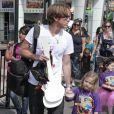 Exclusif - Larry Birkhead et sa fille Dannielynn (fille d'Anna Nicole Smith à Universal City, le 1er août 2010.