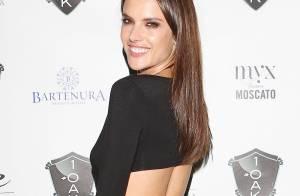 Alessandra Ambrosio : Birthday girl torride et gourmande pour ses 33 ans !