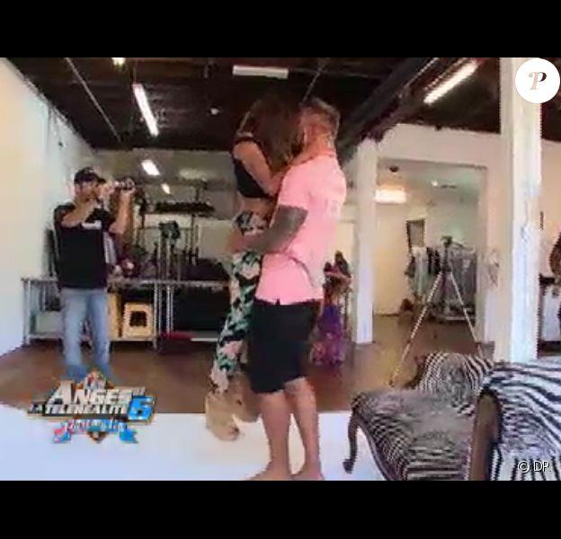 Anaïs et Benjamin très très hot dans Les Anges de la télé-réalité 6 sur NRJ 12 le mardi 22 avril 2014