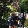 Exclusif - Nicolas Sarkozy fait son footing accompagné de 2 gardes du corps à Beverly Hills le 26 avril 2014
