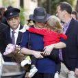 Nicolas Sarkozy, Carla Bruni et leur fille Giulia, quittent leur hôtel à Los Angeles, pour se rendre à l'aéroport LAX de Los Angeles, le 29 avril 2014.