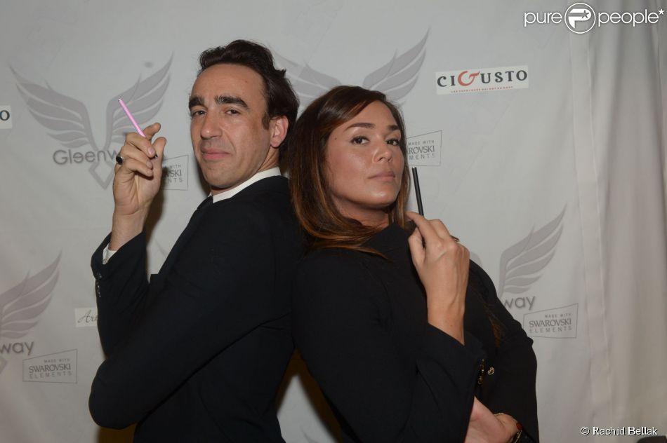 Lola Dewaere et Nicolas Ullman en couple et complices, lors de la soirée Gleenway à Paris, le 6 mai 2014.