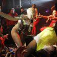 Miley Cyrus en concert, très hot, au G-A-Y Heaven à Londres le 9 mai 2014.