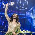 """Conchita Wurst remporte le concours de l'Eurovision 2014 lors de la finale à Copenhague, le 10 mai 2014, avec la chanson """"Rise like a Phoenix""""."""