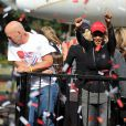 Bruce Willis et Halle Berry lors de la 21e course EIF Revlon Run/Walk For Women à Los Angeles, le 10 mai 2014.