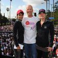 Halle Berry, Bruce Willis et Christina Applegate lors de la 21e course EIF Revlon Run/Walk For Women à Los Angeles, le 10 mai 2014.