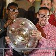 Frank Ribery et David Alaba célèbrent le titre de champion d'Allemagne avec le Bayern Munich le 10 mai 2014.