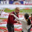 Pep Guardiola et ses enfants fêtent le titre de champion d'Allemagne avec le Bayern Munich le 10 mai 2014.