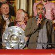 Pep Guardiola fête le titre de champion d'Allemagne avec le Bayern Munich le 10 mai 2014.