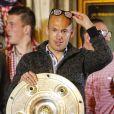 Arjen Robben fête le titre de champion d'Allemagne avec le Bayern Munich le 10 mai 2014.