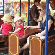 Autumn Phillips avec ses filles Isla et Savannah au Royal Windsor Horse Show le 17 mai 2014.