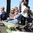 """Kelsey Grammer, Arnold Schwarzenegger, Antonio Banderas - Les acteurs du film """"Expendables 3"""" arrivent à bord d'un char militaire devant l'hôtel Carlton pour le photocall du film dans le cadre du 67ème festival du film de Cannes, le 18 mai 2014."""