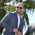 """Jason Statham - Les acteurs du film """"Expendables 3"""" arrivent à bord d'un char militaire devant l'hôtel Carlton pour le photocall du fi"""