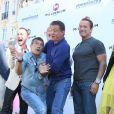 """Glen Powell, Antonio Banderas, Kelsey Grammer, Sylvester Stallone, Arnold Schwarzenegger - Les acteurs du film """"Expendables 3"""" arrivent à bord d'un char militaire devant l'hôtel Carlton pour le photocall du film dans le cadre du 67ème festival du film de Cannes, le 18 mai 2014.  Cast members of """"Expendables 3"""" arrive in a military tank in front of the Carlton hotel for the movie's photocall during the 67th Cannes film festival, in Cannes, France, on May 18th 2014.18/05/2014 - Cannes"""