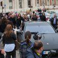 Kim Kardashian, Kanye West et leurs invités arrivent au château de Versailles pour leur soirée pré-mariage. Le 23 mai 2014.