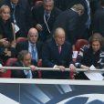Michel Platini, le roi Juan Carlos et la reine Sofia lors de la finale de la Ligue des champions au Stade de la Luz à Lisbonne, le 24 mai 2014 entre le Real Madrid et l'Atlético Madrid (4-1)