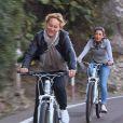 Giulia et Corinne, à vélo en Corse (Qui veut épouser mon fils ? saison 3 - épisode 6 du vendredi 30 mai 2014.)
