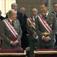 Juan Carlos Ier et Felipe d'Espagne assistaient ensemble à la cérémonie marquant le bicentenaire de l'ordre royal et militaire de San Hermenegildo, le 3 juin 2014 au monastère San Lorenzo de El Escorial à Madrid, au lendemain de l'annonce de l'abdication du roi au profit de son fils.