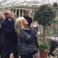 France Gall et le maire de Paris, Bertrand Delano   ë, inaugurent une allée Michel Berger au Parc Monceau à Paris le mercredi 19 décembre 2012.