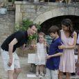 Le prince Joachim en famille avec sa femme la princesse Marie, le prince Henrik, la princesse Athena et le prince Felix pour les 80 ans du prince Henrik de Danemark, le 11 juin 2014 au Château de Cayx (Lot)