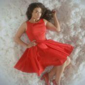 Camelia Jordana : Femme fatale épanouie dans le clip ''Dans la peau''